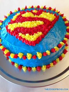 This Superman cake is easy to make for a superhero party or would make a fun Father's Day cake. Superman Cakes, Superman Party, Superman Birthday, Superhero Birthday Cake, Superhero Party Games, Superhero Party Decorations, Easy Party Games, 4th Birthday Parties, Birthday Ideas