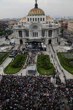Homenaje a Juan Gabriel alcanzaría un millón de personas