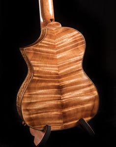 Ukulele Instrument, Ukulele Art, Tenor Ukulele, Ukulele Design, Custom Guitars, Acoustic Guitars, Diy, Bricolage, Do It Yourself