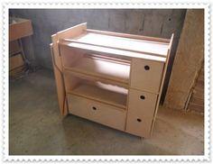 Fabrica MDF Art Country - Atelier portátil em mdf cru com mesa aoplada http://www.fabricamdfartcountry.com.br/product/207807/atelier-portatil-em-mdf-cru-com-mesa-aoplada