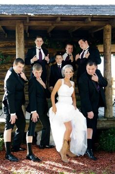 Leg shot with the groomsmen! hahahaha, must do! someone, please!