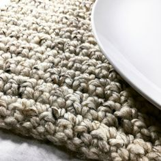 The Perfect Crochet Placemat with a Farmhouse Style Crochet Placemat Patterns, Crochet Dishcloths, Chrochet, Single Crochet Stitch, Knit Or Crochet, Easy Crochet, Learn To Crochet, Farmhouse Placemats, Kitchen Placemats