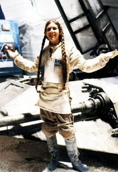 Another Princess Leah pin for my Star Wars board. Great Image Star Wars Behind The Scenes: 40 Rare Photos