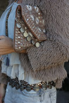 nude is my colour ★☆☆★ anna winter Street style Hippie Style, Estilo Hippie Chic, Gypsy Style, Boho Gypsy, Hippie Boho, Boho Girl, Bohemian Mode, Bohemian Style, Boho Chic