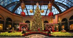 Best Hotel Lobbies for the Holidays | Jetsetter