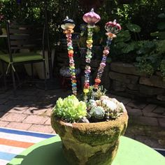 Items similar to Plant Jewels ~ Fairy Garden Wands ~ Garden Decor - Gift - Whimsical Art - Wand - Garden Ornament - Garden Art - Gift for Her - Gift for HIm on Etsy Garden Totems, Glass Garden Art, Gnome Garden, Unique Gardens, Rustic Gardens, Arrow Decor, Diy Wind Chimes, Fairy Furniture, Garden Pictures