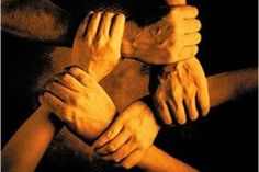 A garra de mãos dadas com a atitude é o segredo pra conseguir vencer.