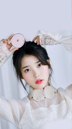 IU #ELLE #wallpaper Korean Star, Korean Girl, Korean Actresses, Korean Actors, Kpop Girl Groups, Kpop Girls, Korean Beauty, Asian Beauty, Asian Celebrities