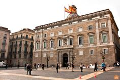 Barcelona is one of the oldest cities on the Iberian peninsula. Discover its past on this medieval route through the stories and legends of the Catalan capital. Barcelona Tourism, Iberian Peninsula, Old City, Regional, Past, Medieval, Roman, Trail, Louvre