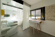 Apartment in Tel Aviv - Small Apartment - Maayan Zusman Interior Design - Tel Aviv - Bedroom and Bathroom - Humble Homes