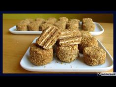 Medovníčky. Mini verze klasického medovníku nebo marlenky. - YouTube Small Desserts, Mini Cakes, Cupcake Recipes, Summer Recipes, Christmas Cookies, Deserts, Food Porn, Food And Drink, Sweets