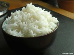 Perfect White Rice Let me get this out of the way right now: I could live on rice. Some people love pasta (meh). Some people love bread. I love rice. I've had so many folks ask me about how to cook… White Rice Recipes, Easy Rice Recipes, Rice Recipes For Dinner, Pasta Recipes, Yummy Recipes, Healthy Recipes, Stove Top Rice, Rice On The Stove, Perfect White Rice
