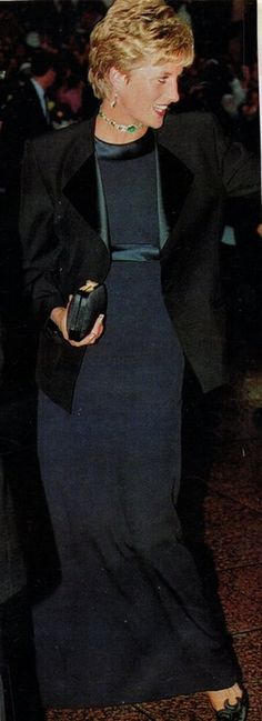 Thursday July 15th in 1993, In the evening she attended the premiere of the film Jurassic Park, at the Empire cinema in Leicester Square in London
