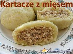 Smakowy Raj - blog kulinarny: Kartacze – kluski tarte z mięsem European Dishes, Pierogi Recipe, Good Food, Yummy Food, Gnocchi Recipes, Polish Recipes, Polish Food, Food Design, Kitchens