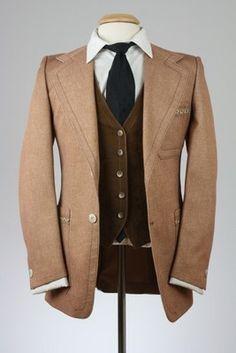 Mens Brown herringbone tweed suit for sale. This 3 piece suit from ...