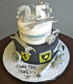 Montreal's best Bakery and Pastry Shop Mechanic Cake, Tire Cake, 21st Cake, Best Bakery, Pastry Shop, Novelty Cakes, Cakes For Boys, Fondant, Cupcake Cookies