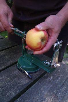 Ein Apfel dreht durch