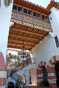 Entrance of El Andaluz by Jeff Shelton Architect Spanish Architecture, Roof Architecture, Islamic Architecture, Sustainable Architecture, Residential Architecture, Contemporary Architecture, Unusual Buildings, Gothic Furniture, New Interior Design
