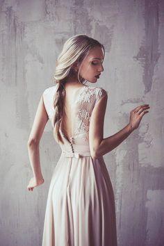 #weddingdress #barebackweddingdress #bareback #longweddingdress #maxiweddingdress