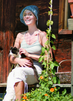 Tiroler Sommer erleben #klockerhof #familiekoch #dashotelfürentdecker #zugspitzarena #tirol #sommer #wandern #biken Dresses, Mountain Landscape, Environment, Hiking, Summer, Vestidos, Dress, Gown, Outfits