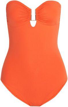 Pin for Later: Coole Bademode für alle, die sich mit etwas mehr Stoff am Körper wohler fühlen  Melissa Odabash Argentina Bandeau-Badeanzug (ursprünglich 275 €, jetzt 165 €)