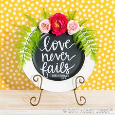 Diy Crafts : Turn a plain charger into an inspirational focal piece! Spray paint the insid. Charger Plate Crafts, Charger Plates, Valentine Crafts, Valentines, Easter Celebration, Silhouette Cameo Projects, Cricut Creations, Craft Fairs, Craft Gifts