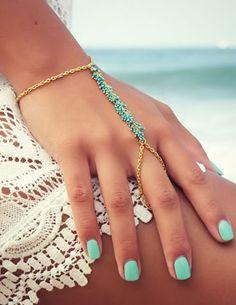 Boho Mint Hand Chain <3