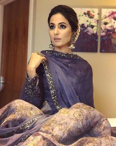 Hina Khan just made London a prettier place with this stunning violet outfit – view pics! Indian Attire, Indian Wear, Indian Outfits, Indian Clothes, Pakistani Dresses, Indian Dresses, Indie Mode, Indian Designer Suits, Desi Wear