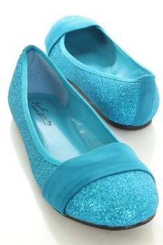 These+stylish+flats+are+a+must+have!+Featuring+glitter+upper+with+felt+strap+vamp,+round+closed+toe,+smooth+lining,+and+cushioned+footbed.+0403+