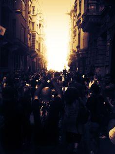 Aydınlık için yürüdük... #direngeziparki #gezi #direnedirenekazanacağız #taksim #geziparki