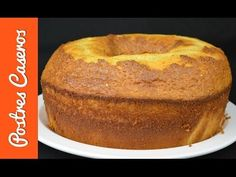 Bizcocho esponjoso de leche condensada | Cocina Pan Dulce, New Recipes, Cake Recipes, Favorite Recipes, Filet Mignon Chorizo, Condensed Milk Cake, Sweets Cake, Bread Cake, Almond Cakes