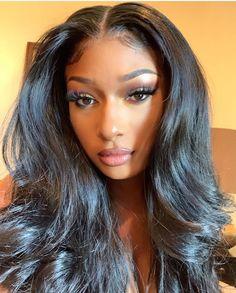 Baddie Hairstyles, Black Girls Hairstyles, Doja Cat, Poses, Beautiful Black Women, Black Girl Magic, Pretty Woman, Curly Hair Styles, Makeup Looks
