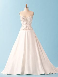 Alfred Angelo Disney collection.   Jasmine <3<3<3