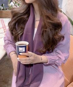 "ٓ on Twitter: ""صور الظّهرية… "" Modesty Fashion, Abaya Fashion, Aesthetic Hair, Aesthetic Clothes, Girl Fashion, Fashion Outfits, Fashion Tips, Arabian Women, Blue Aesthetic Pastel"