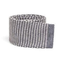 SOLOiO Knitted Tie  Shop on line www.soloio.com #SOLOiO #SOLOiODisegnoItaliano #Tie #corbata #cravatta #maglia #knitted #punto #wool #lana #menstyle #mentrends #trendy #menfashion #shoponline #grey
