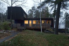 hyytinen - salmela architect    Black plus railing on deck