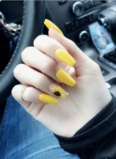Acrylic Nails , Acrylic Nails Yellow acrylic coffin nails with sunflower design. Acrylic Nails Natural, Acrylic Nails Yellow, Yellow Nail Art, Almond Acrylic Nails, Best Acrylic Nails, Summer Acrylic Nails, Acrylic Nail Art, Acrylic Nail Designs, Summer Nails