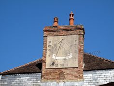 Old sundial in St Florentin by Raffa2112, via Flickr