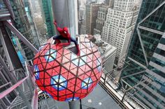 The Amazing Spider-Man 2: IMAX 3D, New Year's Eve Appearance Announced