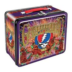 Grateful Dead - Steal Your Face Lunchbox-Grateful Dead - Anniversary Lunch Box You or your kid will be the hit at lunchtime when you bust out your lunch from this Grateful Dead lunchbox. It features imagery from the anniversary poster desig Retro Lunch Boxes, Tin Lunch Boxes, Dead Pictures, Music Pictures, Grateful Dead Merchandise, Grateful Dead Dancing Bears, Hippie Shop, Dead And Company, Gift For Music Lover