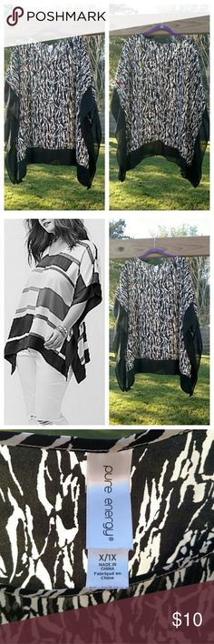 ➕B&W Drama Top➕ Black and white drama top from Pure Energy! Pre-loved, but still in great condition! Size 1X. (Model photo is not actual item, but displays a very similar fit!) The top is done in an abstract black and white print with black trim around the edges. Scoop neckline. I'm unsure of the material (I cut out the tag when I wore it), but the feel is similar to a thicker chiffon. Slightly sheer, so it's best to wear a camisole or tank top underneath. Great top! Pure Energy Tops