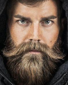 The Beard & The Beautiful - Blue Men Beard Styles For Men, Hair And Beard Styles, Bart Tattoo, Beard Tips, Beard Ideas, Beard Art, Mustache Styles, Epic Beard, Sexy Beard