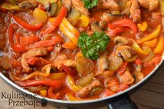 schab po bałkańsku Polish Recipes, Polish Food, Thai Red Curry, Pork, Food And Drink, Brunch, Ethnic Recipes, Sweet, Diet