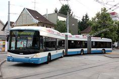 HESS bi-articulated trolleybus Nostalgia, Bus Terminal, Bus Driver, France, Busses, Bus Stop, Public Transport, Transportation, Coaching