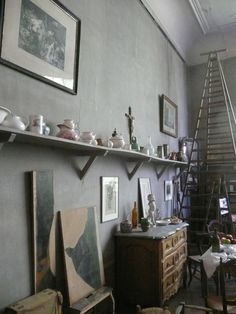 Cezanne Studio. One can imagine him working here. #studio #interiors