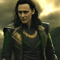 Loki Avengers, Marvel Jokes, Loki Thor, Tom Hiddleston Loki, Loki Laufeyson, Marvel Avengers, Marvel Comics, Loki Character, Loki Aesthetic