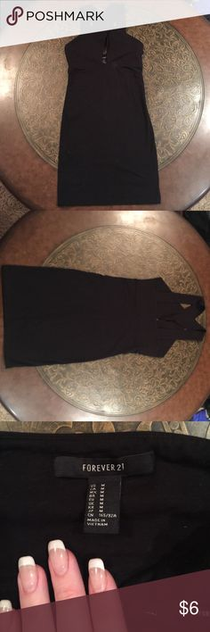 Little Black Dress (see also in maroon) Little black dress from Forever 21. Simple & cute for a night out! Only worn once for a promo event. Size medium, but could fit a small as well. Accepting offers! Forever 21 Dresses
