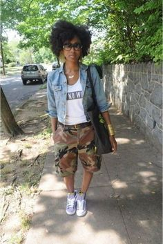 pants camouflage denim jacket natural classy sneakers black bag jacket shoes jewels shorts camouflage camouflage is part of braids - braids Black Women Fashion, Look Fashion, Girl Fashion, Fashion Outfits, Womens Fashion, Fashion Tips, Camo Fashion, Fashion Clothes, Street Fashion