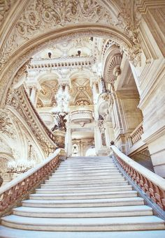 Dripping in Baroque. It's dramatic, grand, versatile, and keeps your eye moving. Small House Architecture, Baroque Architecture, Classical Architecture, Beautiful Architecture, Beautiful Buildings, Interior Architecture, Interior And Exterior, Beautiful Places, Palace Interior