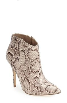 Free shipping and returns on Steve Madden 'Grrand' Bootie (Women) at Nordstrom.com. A sleek silhouette lends street-savvy style to a urban bootie set on a slim stiletto heel.